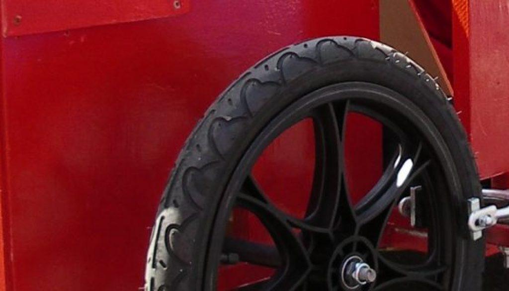 Bild von einer Ferrari Seifenkiste