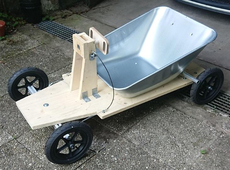 Gebaut-mit-Techniksatz-Soapboxgarage